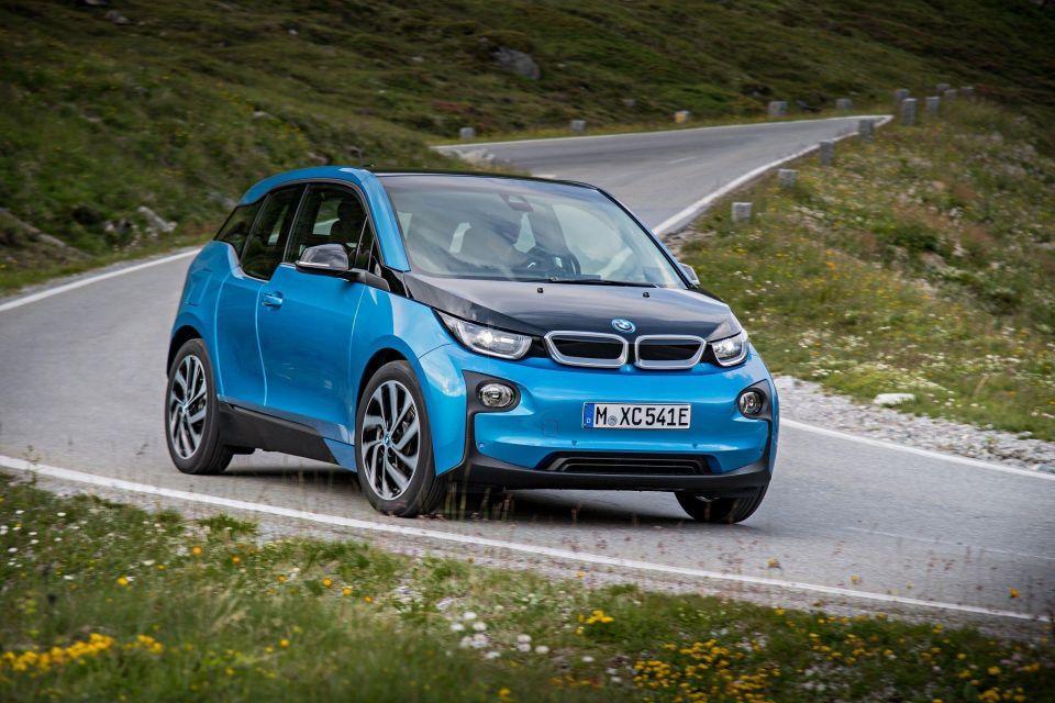 163,288  سيارة  BMW  تمّ تسليمها حول العالم في يناير