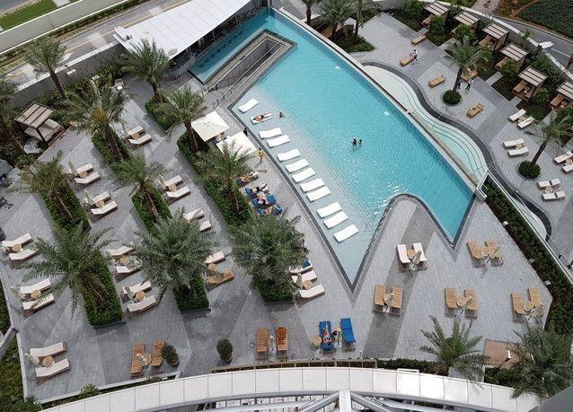 بالصور: حجوزات كاملة مع افتتاح ناجح لفندق العنوان بوليفارد في دبي