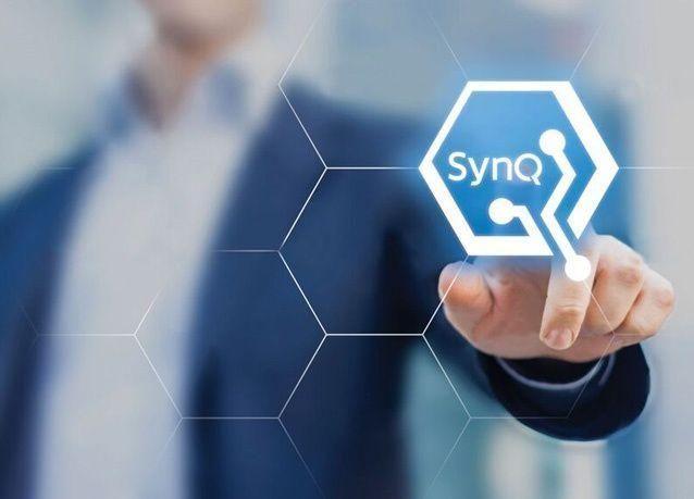 سويس لوج تطلق برنامج SynQ للذكاء التزامني