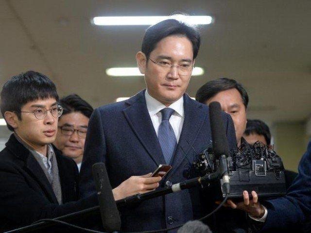 اعتقال رئيس سامسونغ في تحقيقات فساد