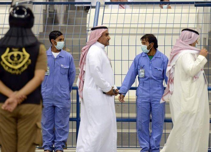 السعودية تنفي رفع مكافأة نهاية خدمة العمالة الوافدة
