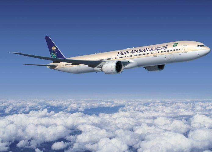 مدير الخطوط الجوية السعودية يعفي 2 من نوابه