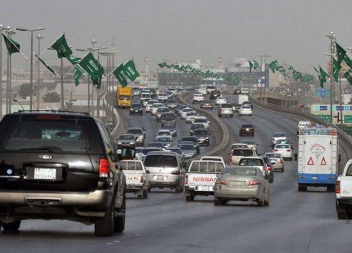 تجار يستغلون شركات النقل هرباً من الجمارك السعودية