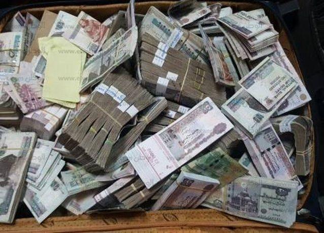 عرض رشوة على مدير تنفيذي في الإمارات قيمتها 98 مليون درهم