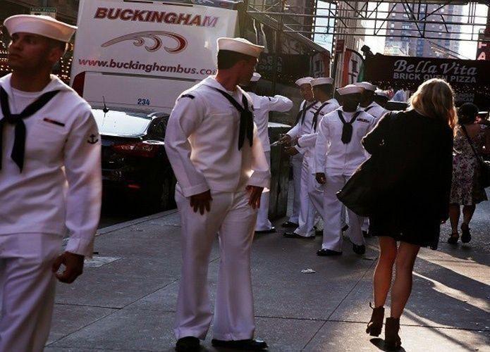 ضباط أمريكيون يبيعون أسراراً عسكرية مقابل أمسيات جنسية
