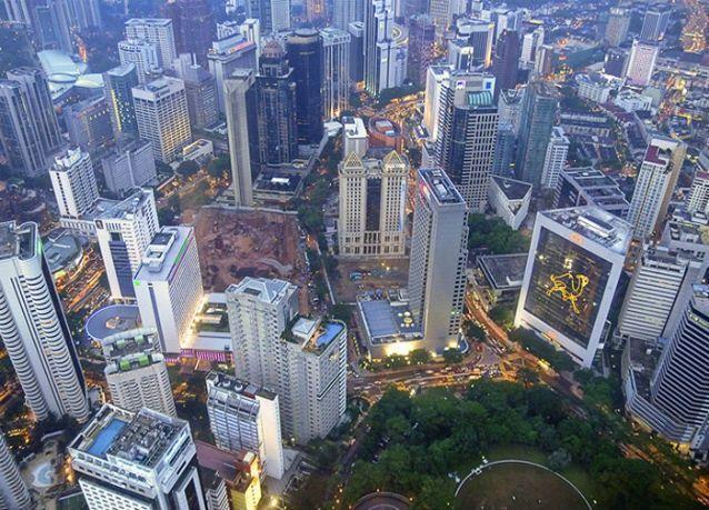 ماليزيا : الفائض التجاري يسجل ارتفاعاً للشهر الـ220 على التوالي