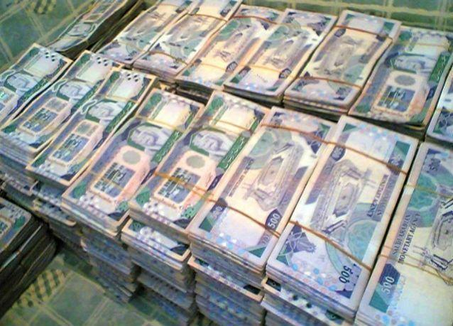 السعودية تلزم شركات نقل الأموال بحاويات ذكية تتلف النقود ذاتياً في الطوارئ