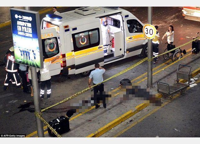 إصابة سبعة سعوديين في تفجير مطار أتاتورك