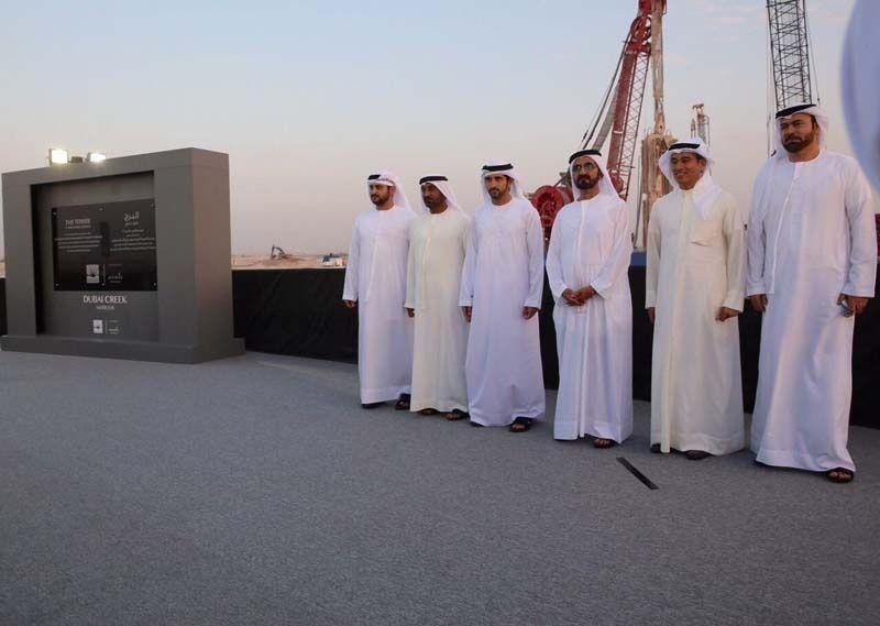 محمد بن راشد يطلق مشروع برج خور دبي أعلى برج في العالم