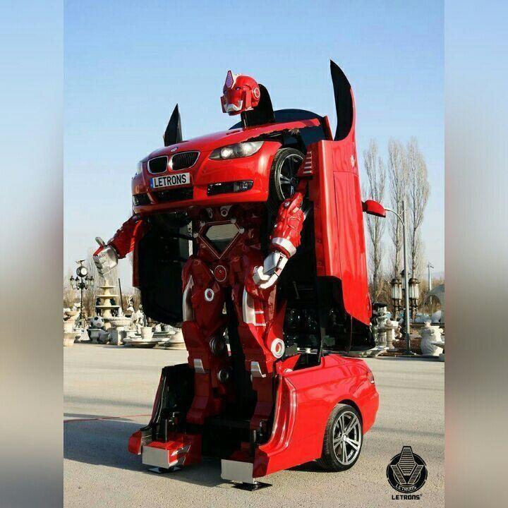 أبوظبي تشهد عرض أول سيارة في العالم تتحول إلى روبوت عملاق