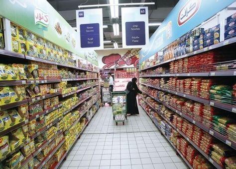 الإمارات: لا زيادة في أسعار السلع الغذائية الاستراتيجية خلال 2017