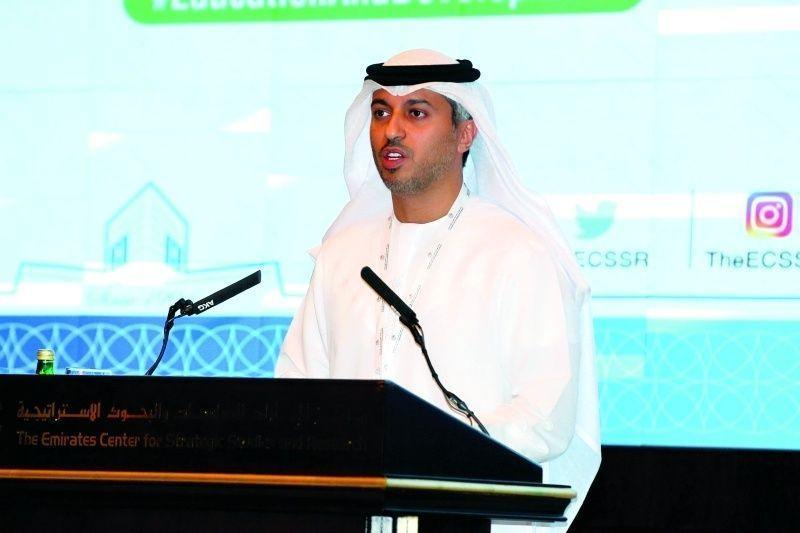 رواتب المعلمين في الإمارات من الأعلى عالميا