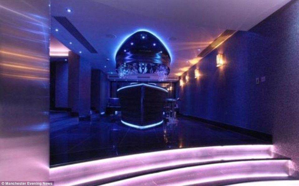 بالصور: منزل لاعب مانشتسر اللاعب الفرنسي سمير نصري للبيع بـ7 ملايين دولار