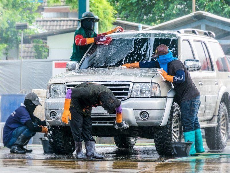 المواطنون الأكثر استخداماً لخدمات غسيل السيارات في الإمارات