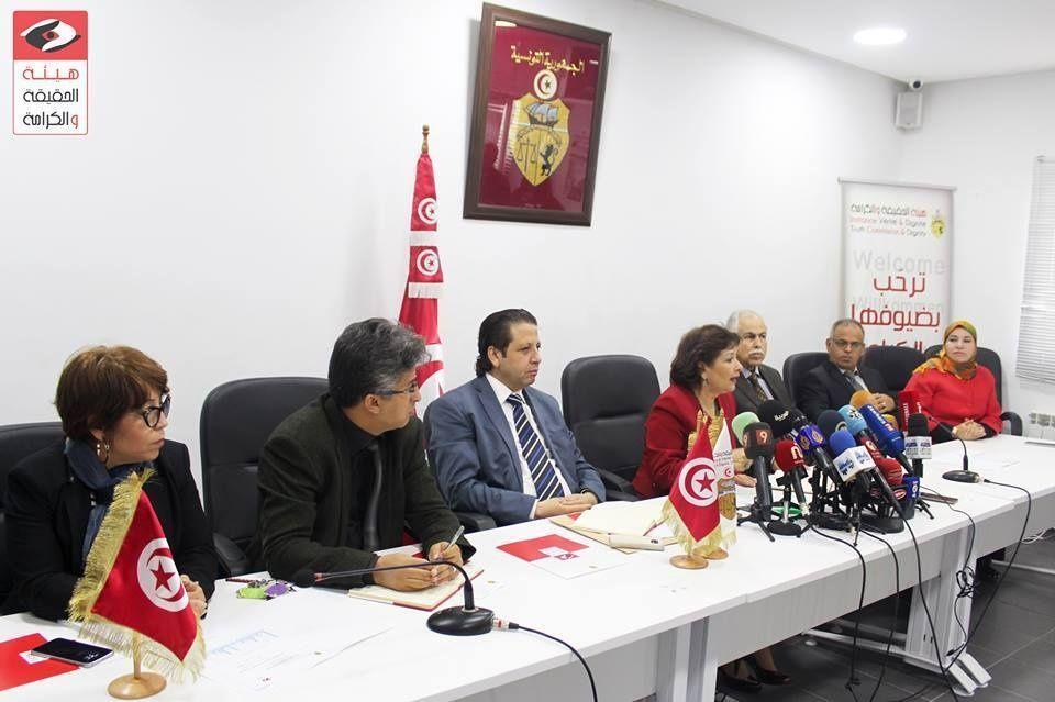غضب ودموع وأسئلة في أول جلسة استماع علنية لضحايا الاستبداد في تونس