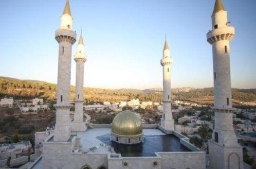 الاحتلال يبدأ تطبيق قرار حظر الأذان و200 دولار غرامة على مسجد في اللد