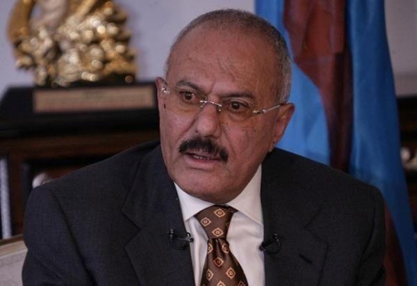 علي عبد الله صالح يطلب السماح له بالسفر إلى كوبا للتعزية بوفاة كاسترو