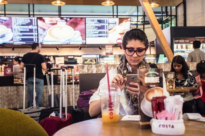واي فاي عالي السرعة مجاناً للمسافرين عبر مطار دبي الدولي ودبي ورلد سنترال