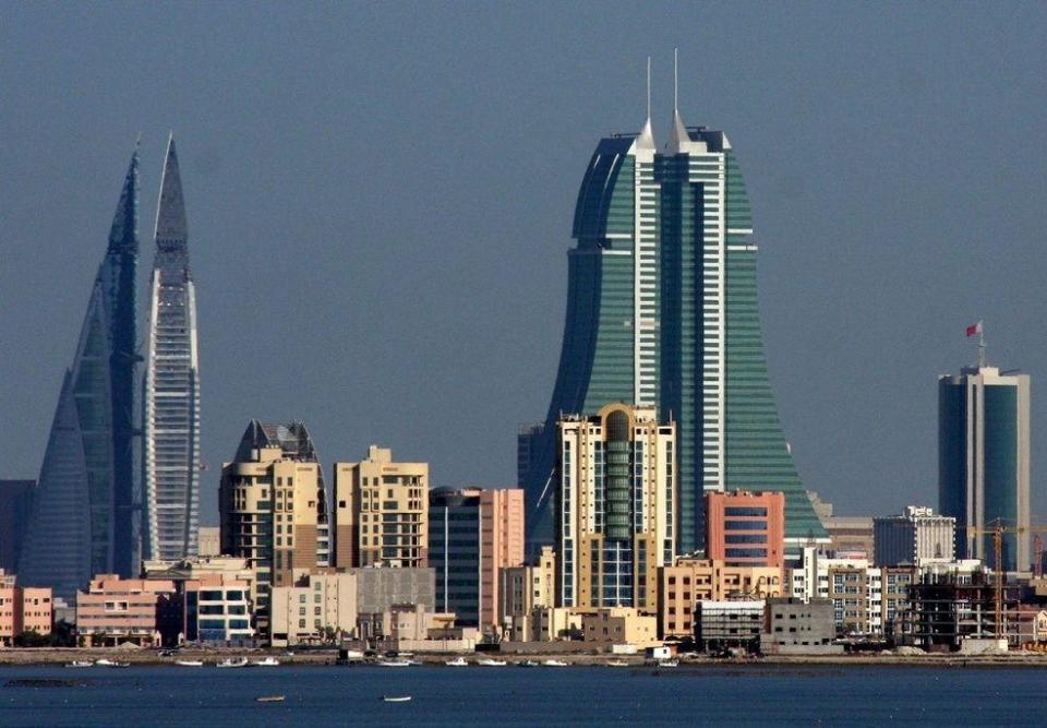 البحرين تنفذ حكم الإعدام بـ 3 أدينوا بقتل رجال شرطة في أول أحكام بالإعدام منذ 2008