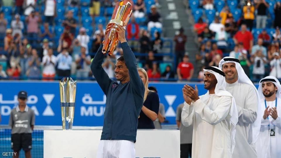 نادال يتوج بلقب أبوظبي في بطولة مبادلة العالمية للتنس 2016