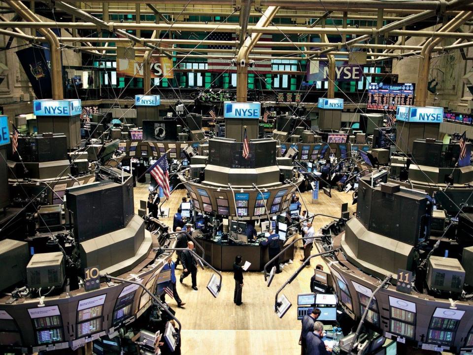 """البنوك الأمريكية الكبرى تشمر عن ساعد الجد لمواجهة قاعدة """"فولكر"""""""