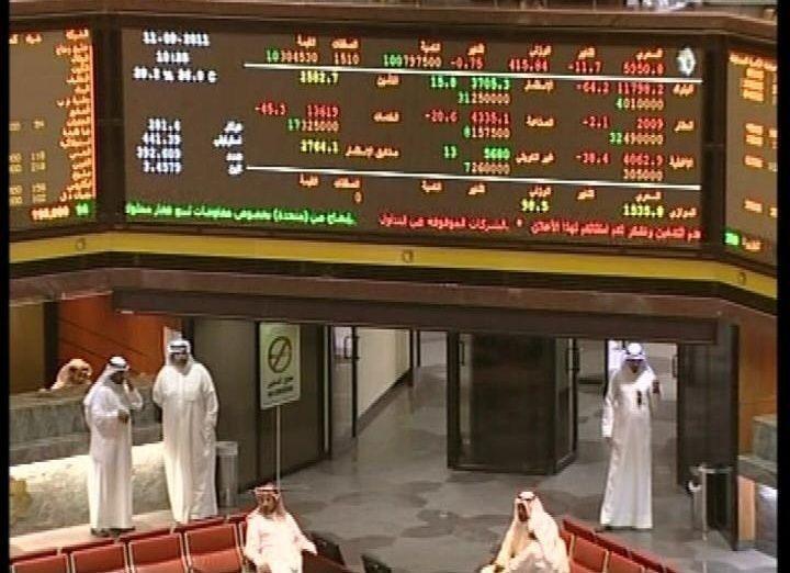 بورصات الشرق الأوسط تتراجع مع هبوط النفط والسوق الكويتية تقفز