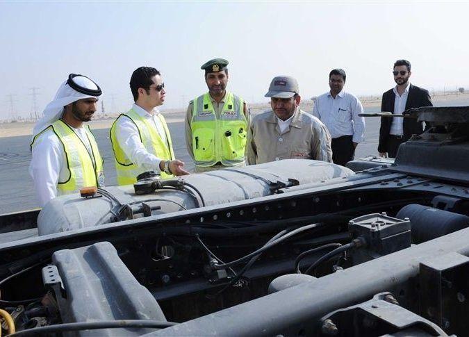 """""""طرق دبي"""" تبدأ تركيب أجهزة رقابة عن بُعد لرصد أعطال وسلوك سائقي الشاحنات الثقيلة"""