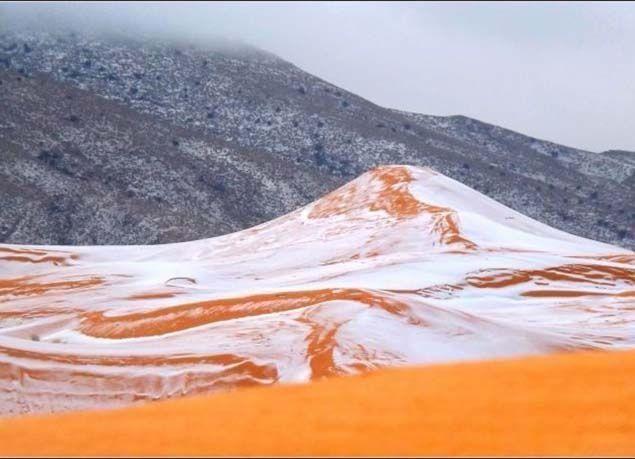 بالصور: شاهد ما يحدث عند هطول الثلوج في الصحراء