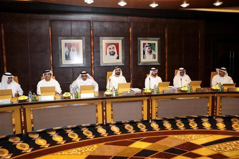 محمد بن راشد يوجه رسالة لشعب الإمارات بمناسبة مرور 10 أعوام على توليه رئاسة الحكومة