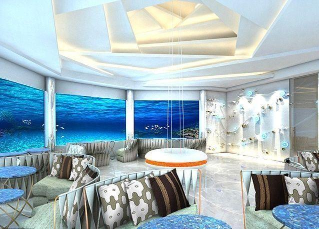بالصور : مطعم مذهل تحت الماء بإطلالة مميزة في جزر المالديف