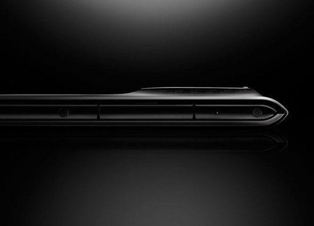 "بالصور : مختبرات سيرين تكشف عن ""Solarin"" هاتف ذكي وآمن جداً"