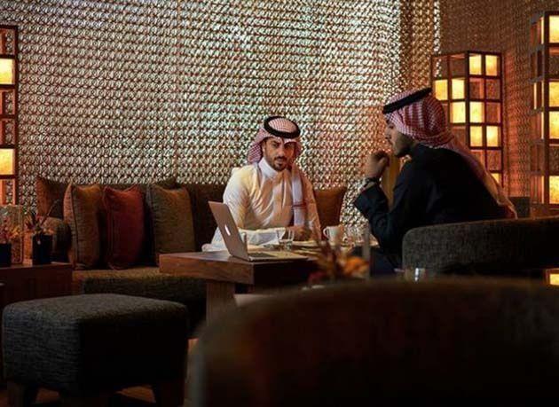 بالصور : أفضل 5 أماكن لتناول الطعام في الرياض