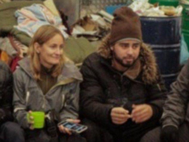 ثري تونسي ينتحل هوية لاجئ سوري للحصول على جنسية بريطانيا