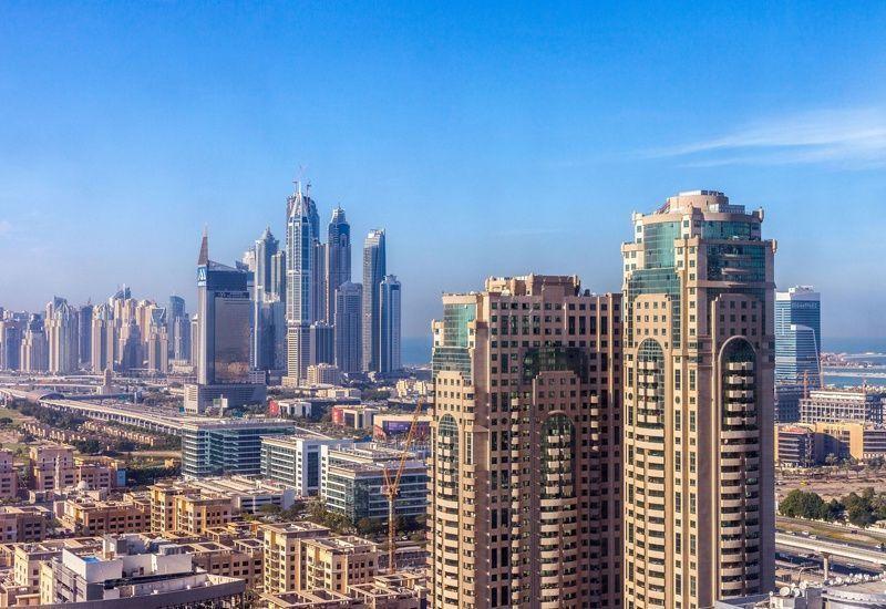 كلاتونز: سوق العقارات غير مستقر في الشرق الأوسط بعد نتائج انتخابات الرئاسة الأميركية