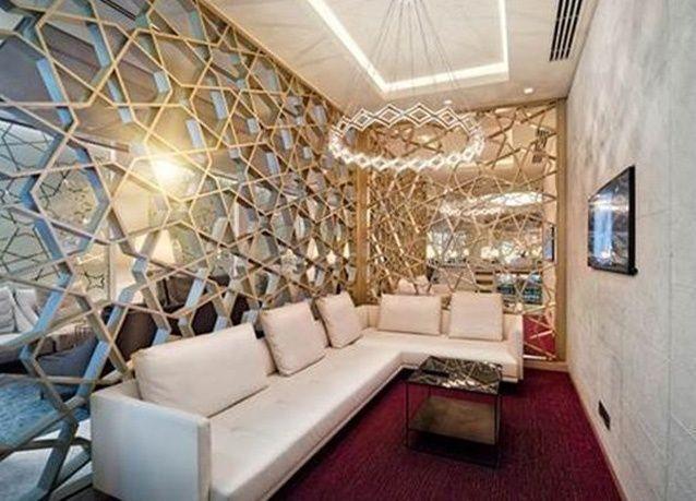 بالصور : جولة داخل صالة الخطوط الجوية القطرية الجديدة في مطار دبي الدولي