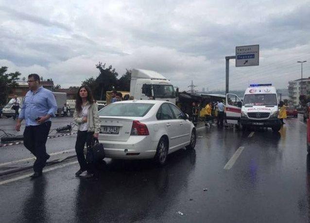 بالصور : قتلى وجرحى بانفجار قرب محطة للحافلات في اسطنبول