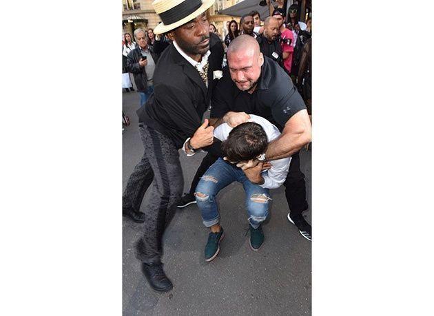 بالصور: شاب يهاجم كيم كردشيان بعد الإيقاع بـ جيجي حديد