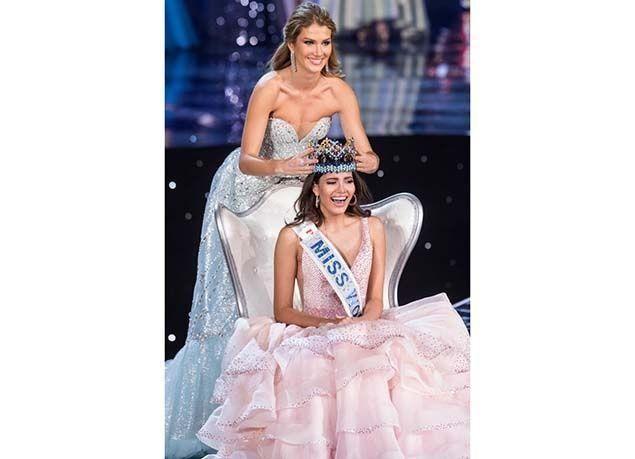 """بالصور : """"ستيفاني ديل فالي"""" تفوز بلقب ملكة جمال العالم لعام 2016"""