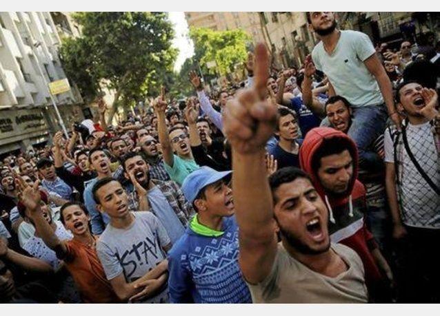 سجن 152 ناشطا مصريا بين عامين وخمسة أعوام بسبب التظاهر حول جزيرتي تيران وصنافير