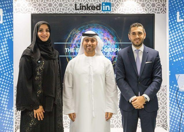 دراسة لينكدإن: ازدهار القطاعين التجاري والصناعي في الإمارات