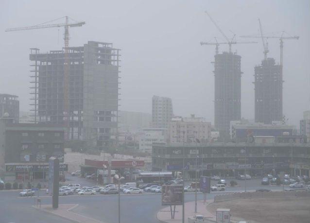 الإمارات: رياح شمالية غربية مثيرة للغبار و انخفاض الحرارة الثلاثاء والأربعاء