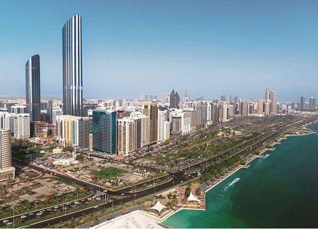 أبوظبي تسرح الآلاف مع تنامي إجراءات التقشف في الخليج