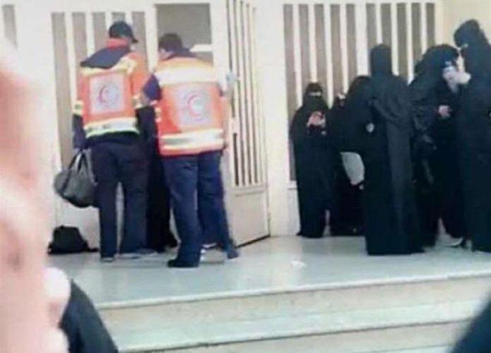 بعد تورطهن في مشاجرة دامية.. جامعة سعودية تفصل عشرات الطالبات