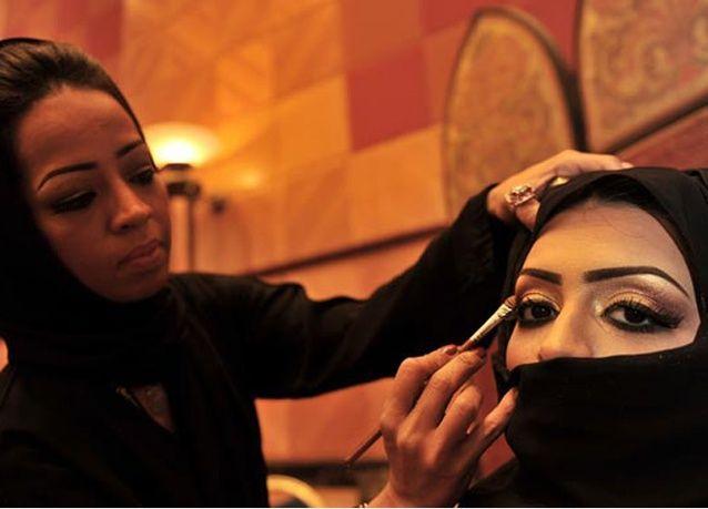 السعودية الأولى عربياً والإمارات ثالثاً في سوق الجمال والتجميل