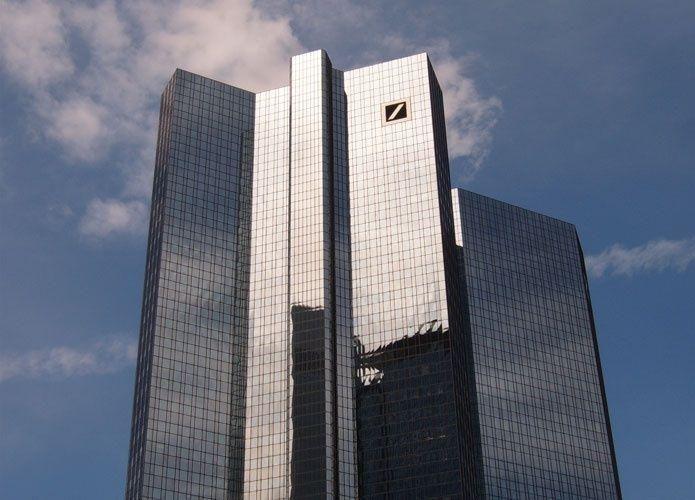 دويتشه بنك يحقق أرباحاً غير متوقعة في الربع الثالث من العام