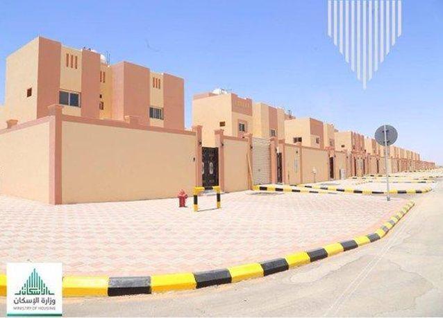 """وزارة الإسكان السعودية تبدأ بتسليم مشروع """"إسكان الشنان"""" بحائل كجزء من الـ100 ألف منتج سكني"""