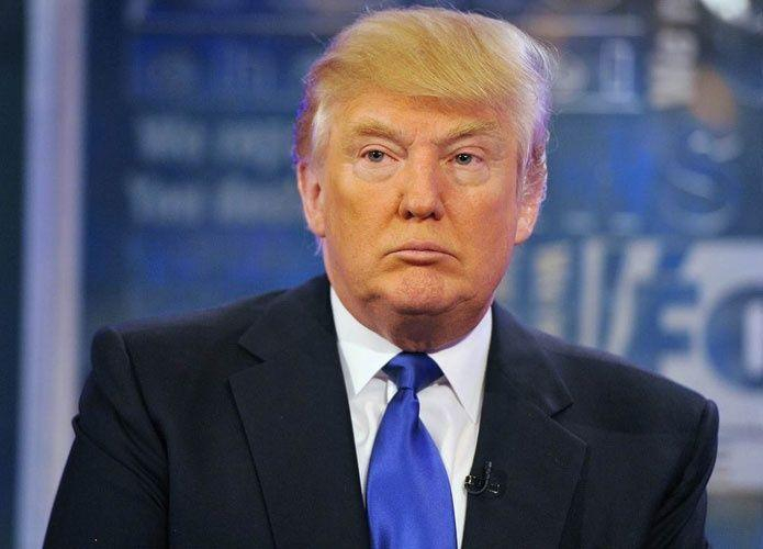 في صدام المليارديرات.. مايكل بلومبرج يصف ترشح دونالد ترامب للرئاسة بأنه خدعة