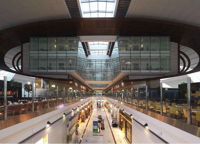 نمو حركة المسافرين عبر مطار دبي الدولي 7.2% على أساس سنوي في مايو