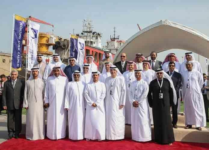 أبوظبي لبناء السفن تدشن الحوض الجاف العائم في ميناء زايد