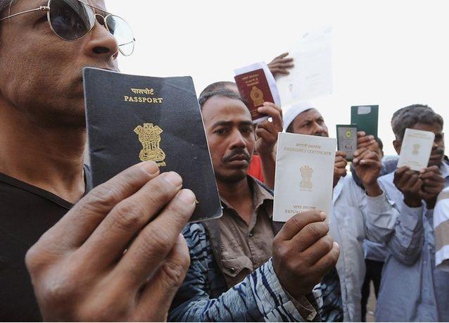السعودية تشدد على تسليم الوافد الجواز والإقامة والمخالفون يغرّمون